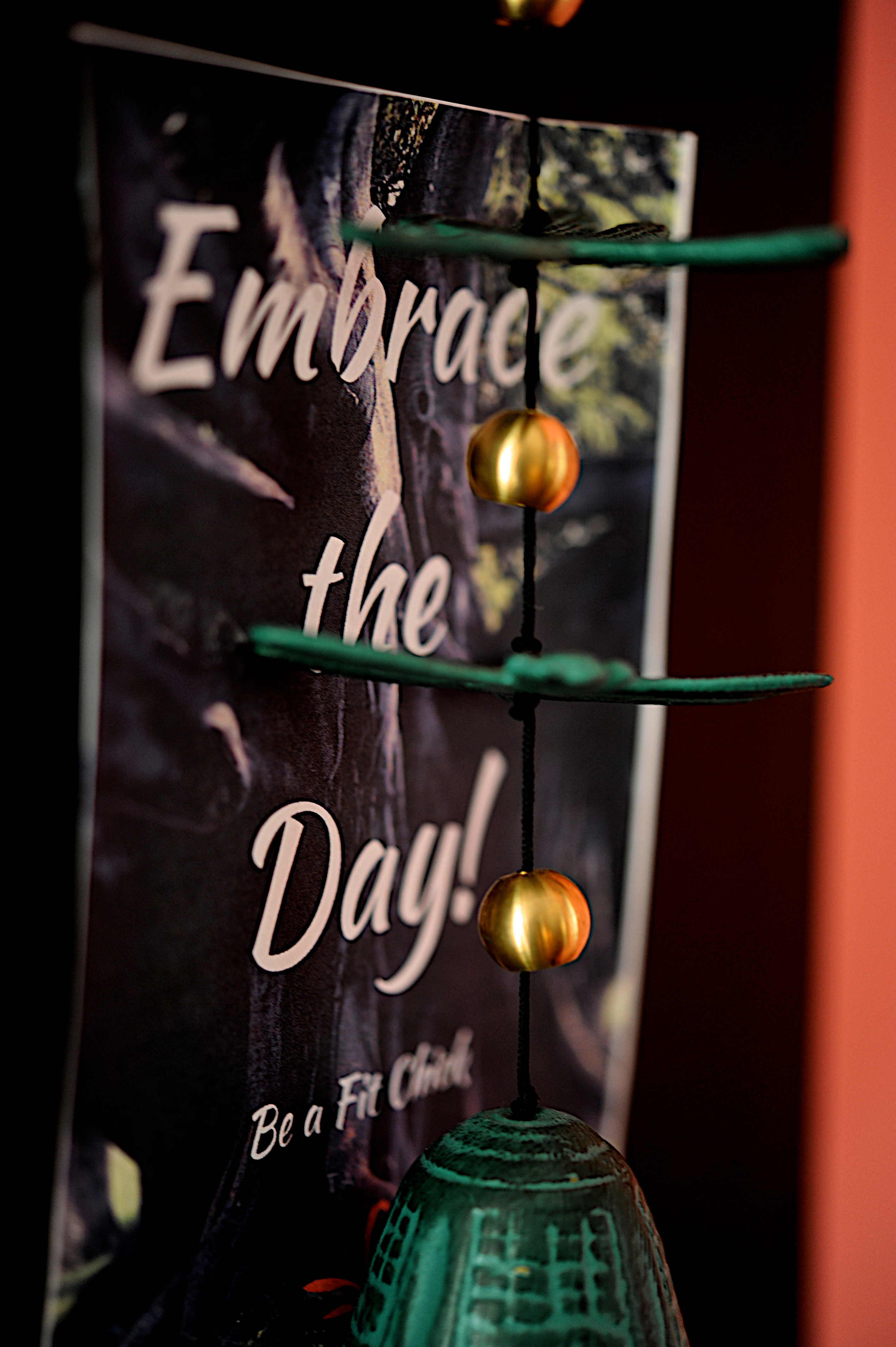 Lobby - Embrace the day2 - WB