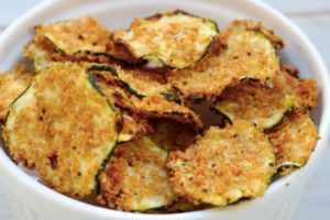 Oven-Baked-Zucchini-Chips-2_1024